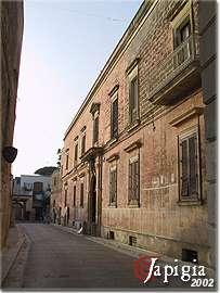 castiglione, palazzo