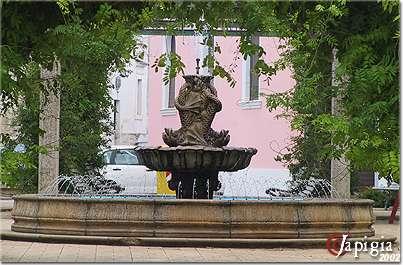 bagnolo del salento: la fontana