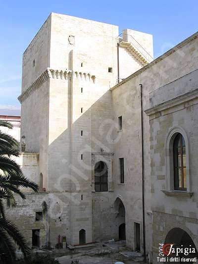 il castello carlo v di lecce