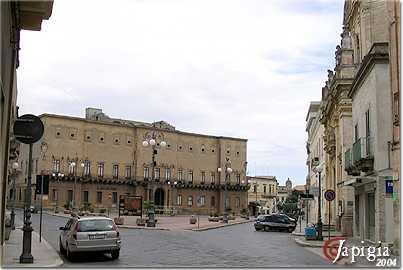 la piazza principale a manduria