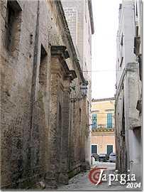 manduria, vicolo del centro storico